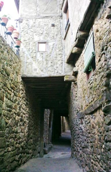 Miranda del Castañar 1 - Calle empedrada